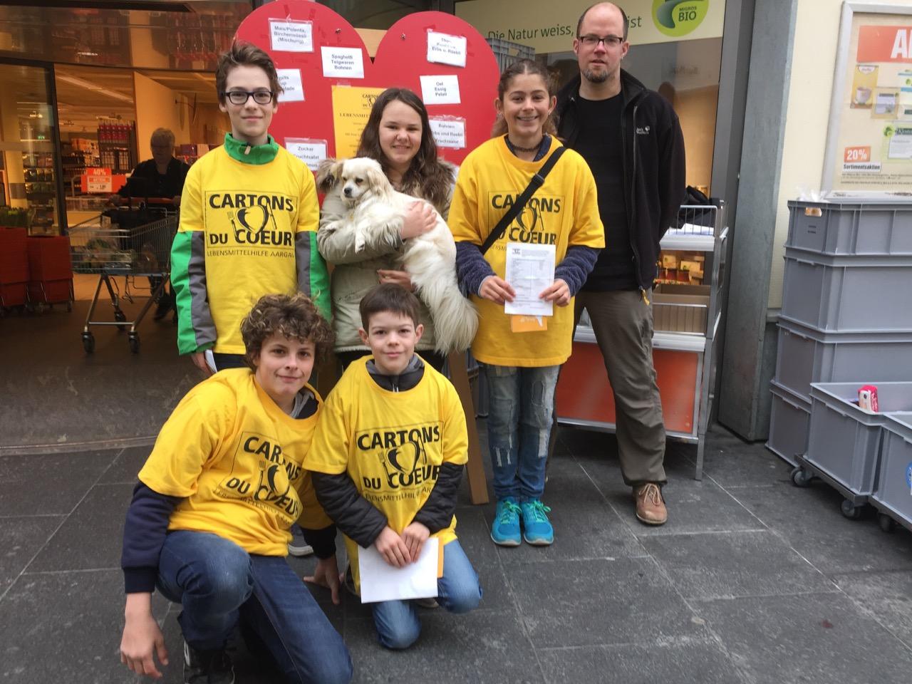 Fleissige Kids sammeln für Menschen in Not
